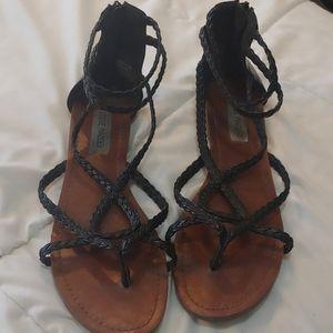 Steve Madden black sandals with zipper back 8.5